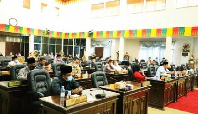 DPRD Paripurna Pengumuman Penetapan Pasangan Calon Bupati dan Wabup Rohul Terpilih 2021-2024