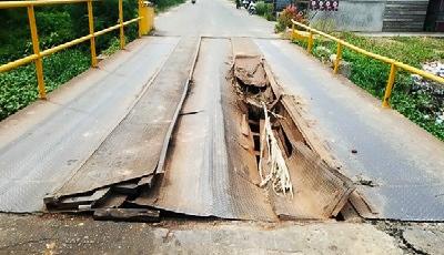 Sangat Prihatin dan Rusak Parah, Jembatan Besi Jalan Bintang Akan Segera Diperbaiki