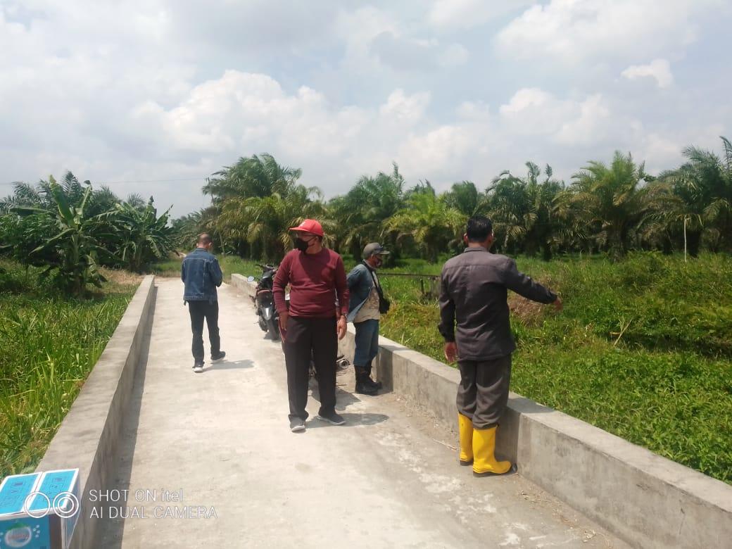 Dinas Lingkungan Hidup (DLH) Tinjau Lokasi Parit Bagan Jawa Yang Akan Digali
